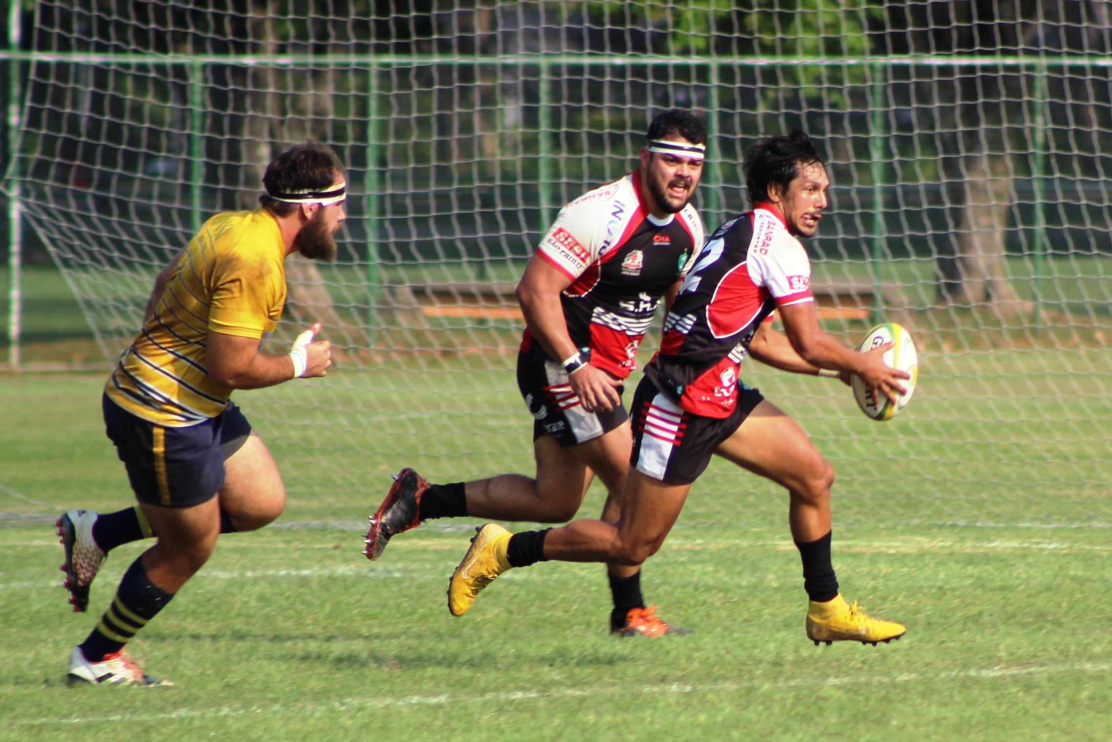 No Super 13, Curitiba lidera grupo B e Jacareí é o primeiro no grupo A