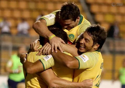 Brasil vence Paraguai no Pacaembu