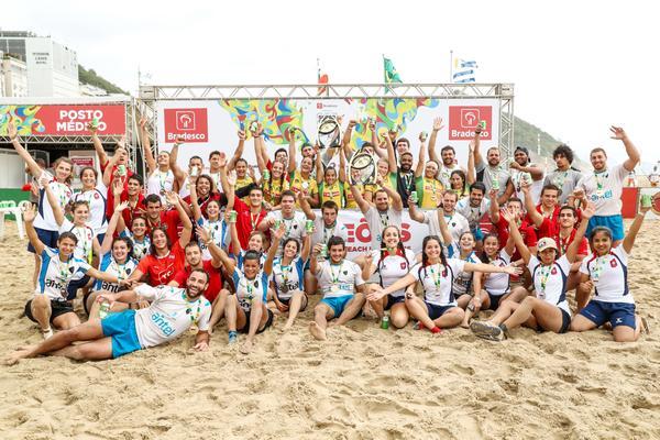 Seleção brasileira feminina de Beach Rugby conquista o tricampeonato do Super Desafio BRA