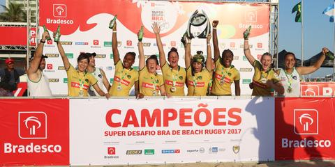 Seleção brasileira feminina de Beach Rugby é tetra do Super Desafio BRA