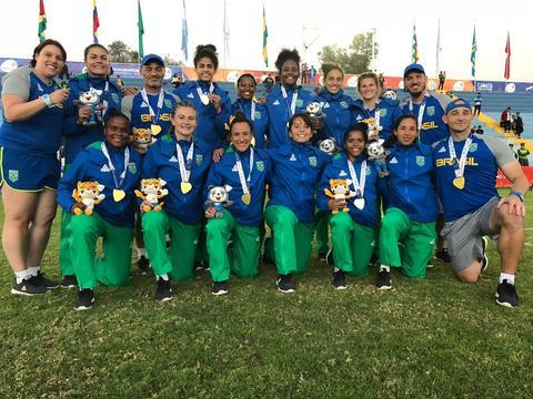 Seleção Brasileira Feminina de 7s conquista medalha de ouro em Cochabamba e garante vaga no Pan 2019