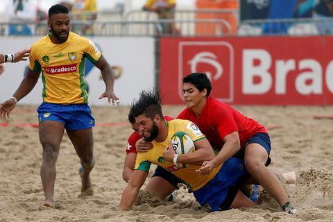 Praia de Ipanema recebe a quinta edição do Desafio Internacional de Beach Rugby apresentado pelo Bradesco